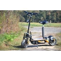 """E-Scooter bis zu 35 km/h schnell - mit 25km Reichweite, 48V   1500W   12AH Akku, mit Bremsen und Lichter """"Captain"""""""